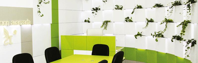 Decoracion de u as oficina for Imagenes para decorar oficinas